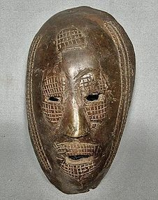 Authentic antique early 19th � early 20th c Africa Bronze Mask