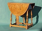 Early American Tiger maple butterfly tavern table c1760