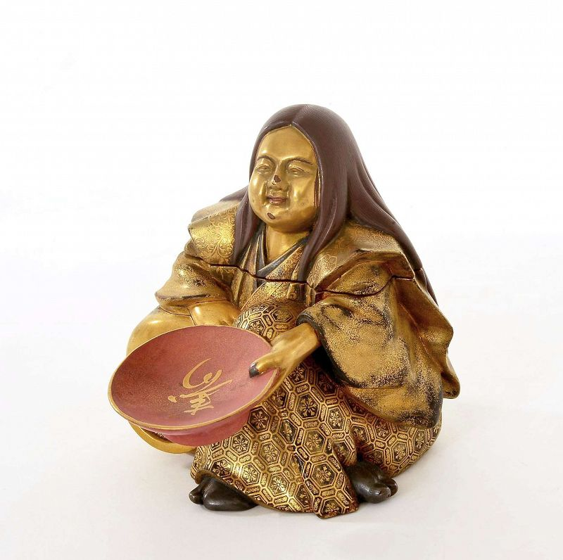 Meiji Japanese Makie Lacquer Wood Carved Samurai Figurine Box Sake Cup