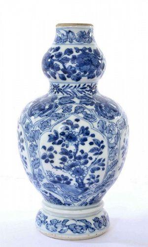 17C Kangxi Chinese Blue & White Double Gourd Porcelain Vase