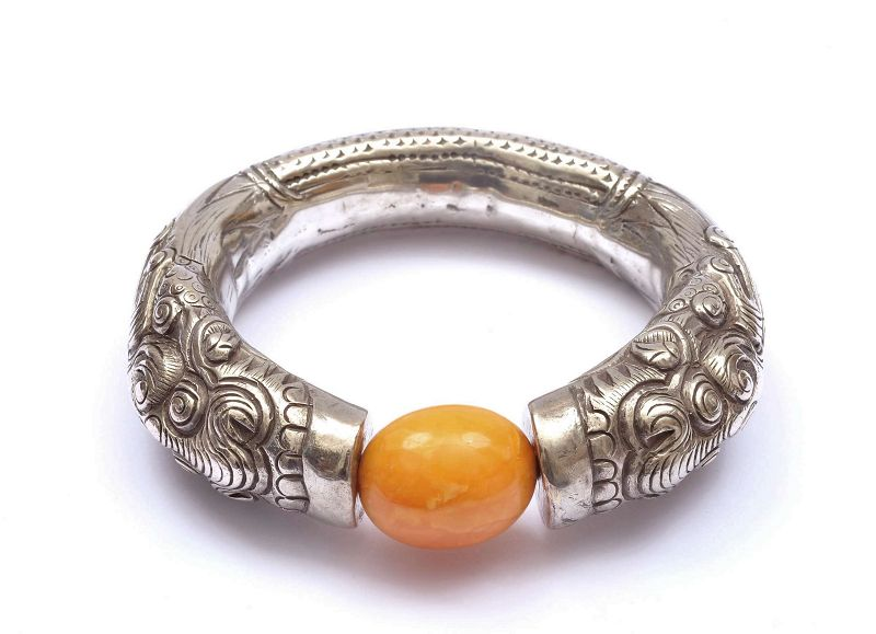 Chinese Solid Silver Dragon Butterscotch Egg Yolk Amber Bead Bangle