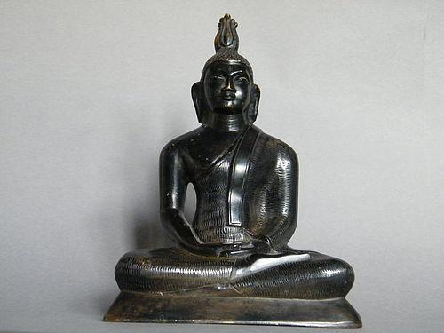 Fine and Rare 18th/19th Century Seated Bronze Buddha from Sri Lanka