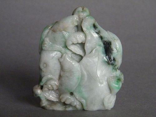 Chinese Jadeite Carp & Lotus 'Boulder', Late 18th/19th Century 鲤鱼翡翠�件