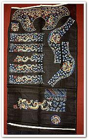 Uncut Imperial Chinese Chaofu Skirt Collar Cuffs