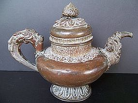 A Good Late 19th / Early 20th Century Tibetan Ewer