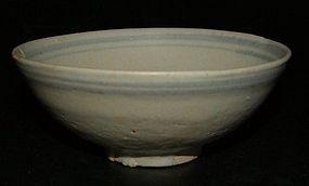 Bowl in under glaze blue, 14th century