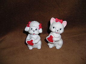 BISQUE SALT & PEPPER SHAKERS CAT AND DOG