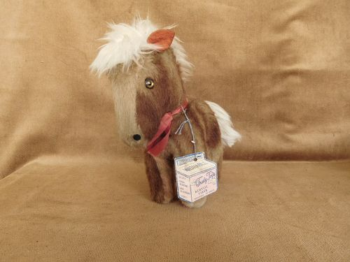 TRUDY TOYS TWO COLORS MINI HORSE