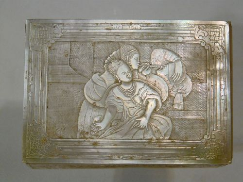 18th century China carved mother-of-pearl box for export.