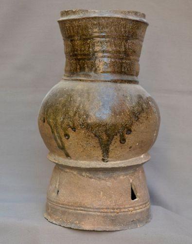 Korean stoneware vase. Silla period 5th century