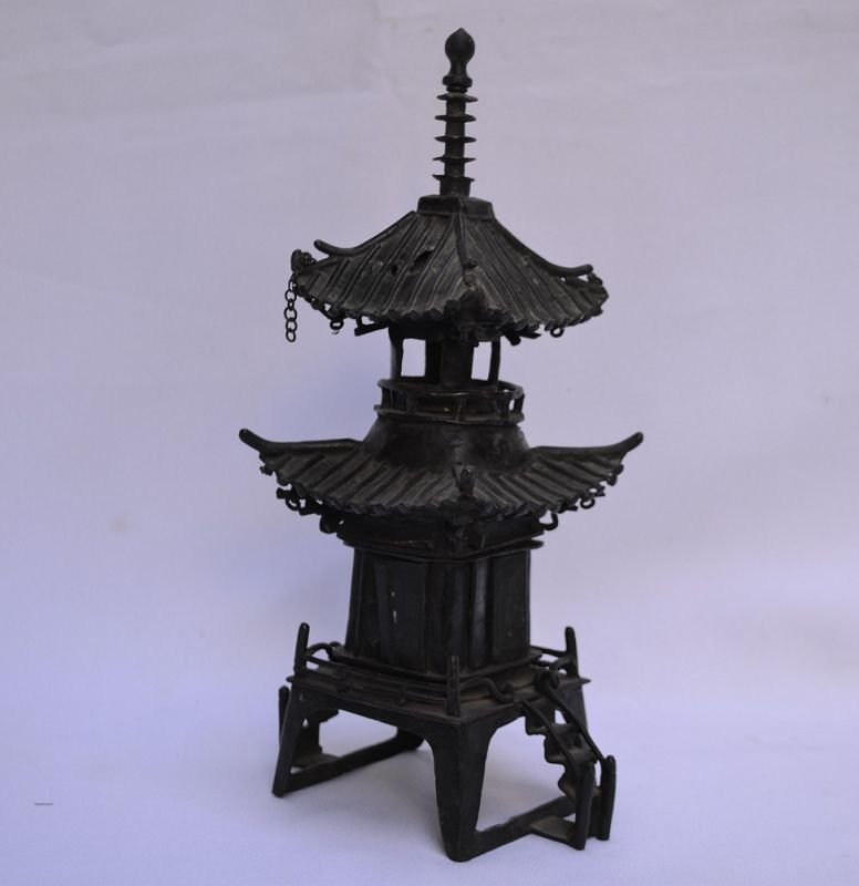 Bronze pagoda cast in 3 parts. Ming period or earlier.
