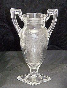 Trophy Vase Crystal Clear w/ Cut Flowers & Leaves Motif