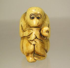 19th Century Japanese Stag Antler Netsuke, Monkey and Young