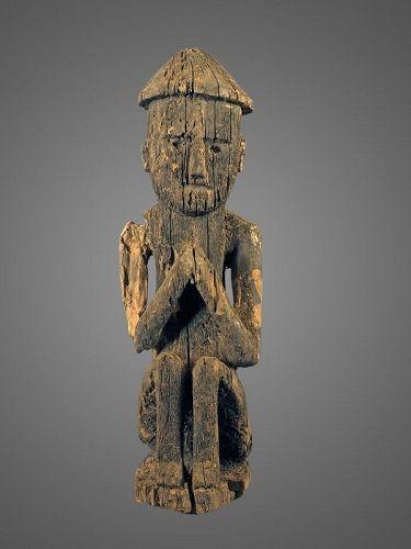 Superb sitting ptotector, Himalayan primitive figure N°72, Nepal