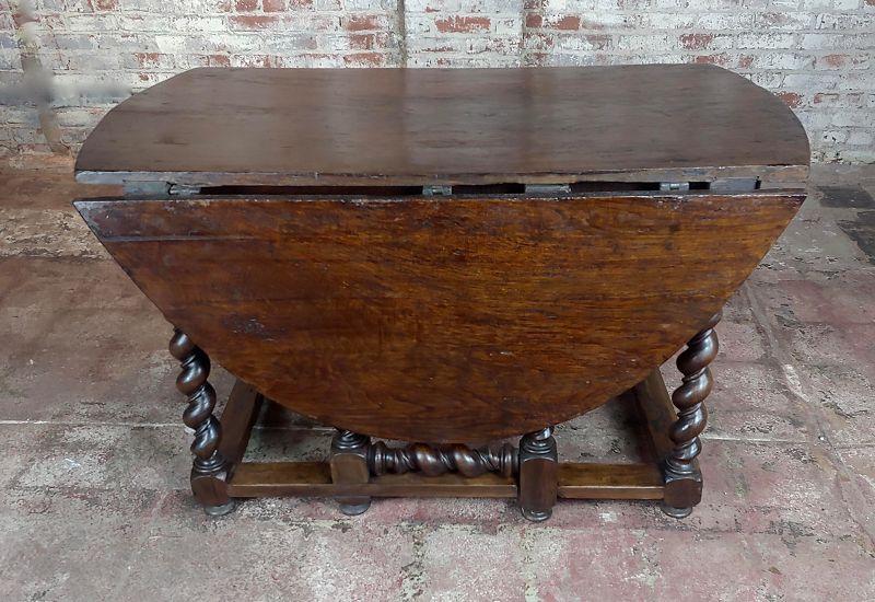 17th Century Walnut Gateleg Drop Leaf Table With Barley Twist Legs