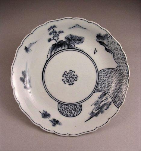 Very Attractive BW Hirado Porcelain Plate Sansui Design