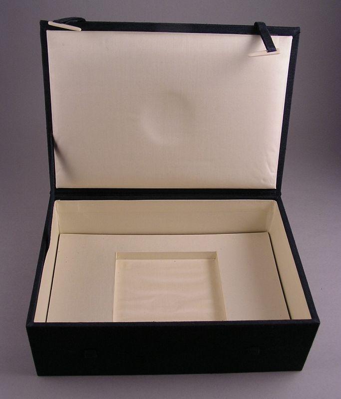 Very Fine Japanese Cloisonne Medallion w/Wooden Box by Shinya Okamoto