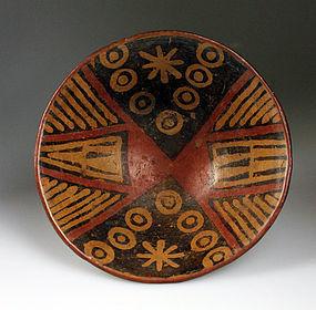 Large Pre-columbian Narino pottery pedestal bowl