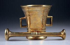 Early Danish redish brass mortar w pestle, c. 1780!