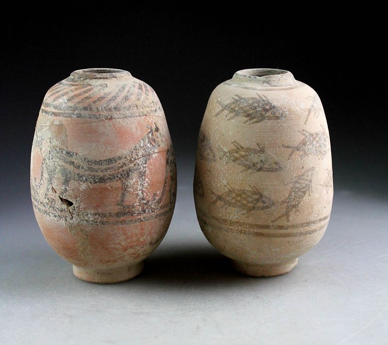 Pair of Indus Valley pottery jars, 3rd. millenium BC