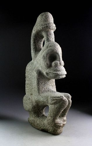 Museum Quality stone figure of squating God, Taino Culture!