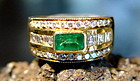 Solid 18K Gold Ring set with Genuine Emerald & Diamonds