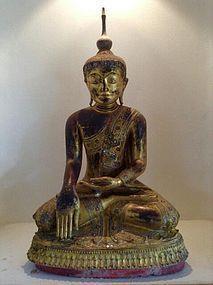 LARGE WOODEN AMARAPURA BUDDHA, 18th CENTURY, BURMA