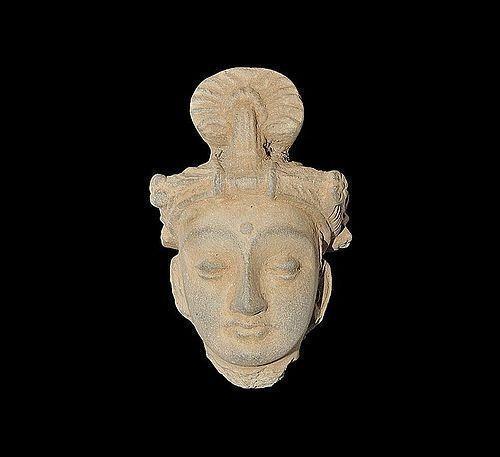GANDHARA HEAD OF BODHISATTVA WEARING A DIADEM, 2-4 CENTURY AD