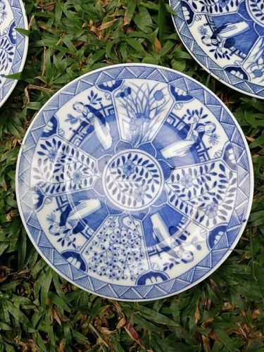3 identical KANGXI blue and white porcelain plates. QING DYNASTY