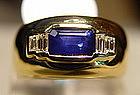 Ceylon Blue Sapphire Ring with 4 Diamonds 18K.