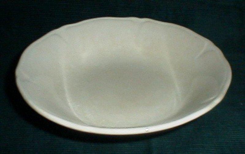 Mount Clemens Petalware Berry Bowl