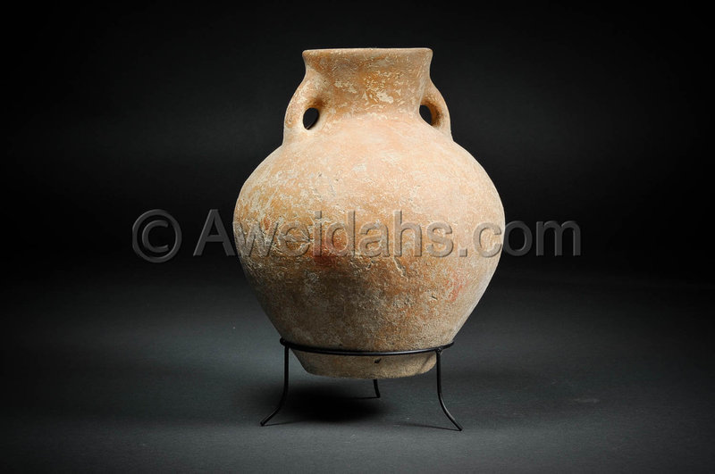 Canaanite Early Bronze Age burnished pottery jar, 3100 BC
