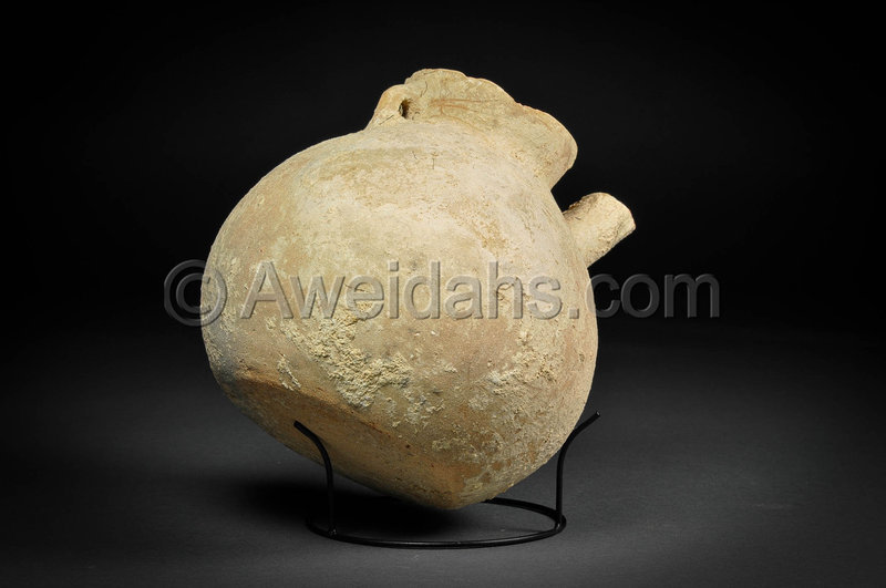 Canaanite Early Bronze Age pottery vessel with a spout, 3100 BC