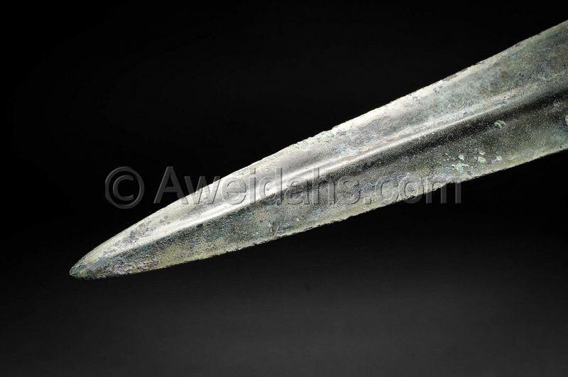 Ancient bronze short sword, 1200 � 800 BC