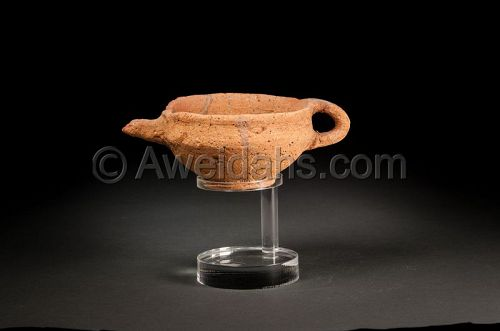 Ancient Late Bronze Age pottery oil filler, 1550 BC