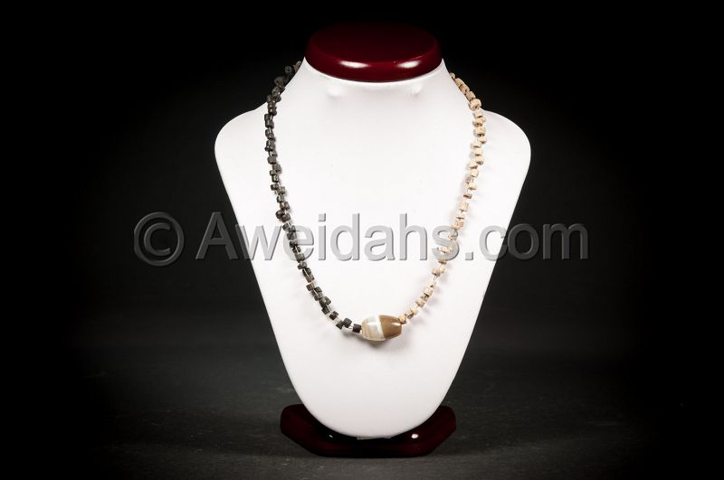 Ancient Black & White stone beads necklace, 100 AD