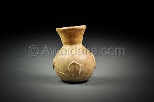 Ancient Roman glass perfume flask, 100 � 300 AD