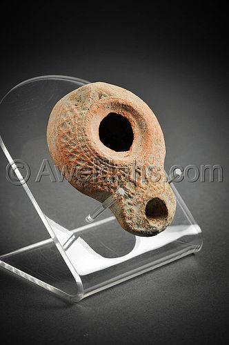 Roman Samaritan decorated terracotta oil lamp, 200 - 300 AD