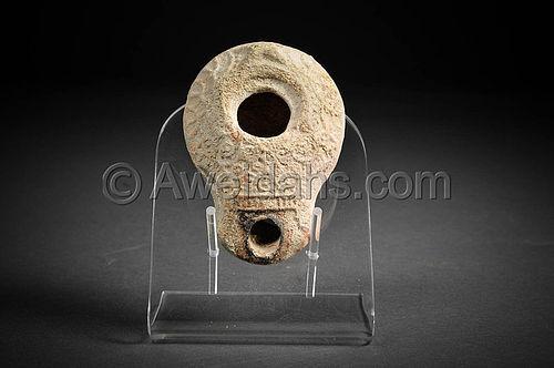 Roman Samaritan decorated pottery oil lamp, 100 - 300 AD