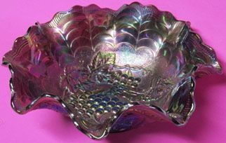 "Northwood Carnival Grape and Cable 10.5"" Bowl"