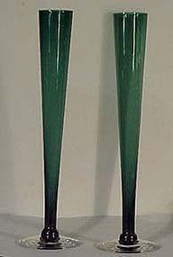 """Tiffin Kilarney Green 10.5"""" Bud Vase"""