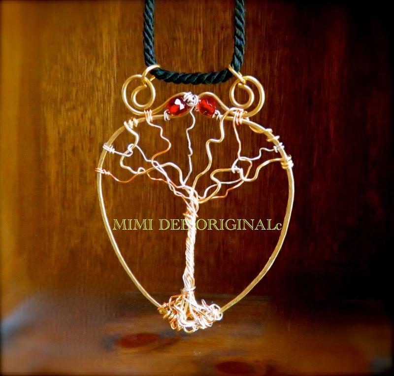 Signed Mimi Dee Studio Hammered Metalwork Pendant Necklace Tree