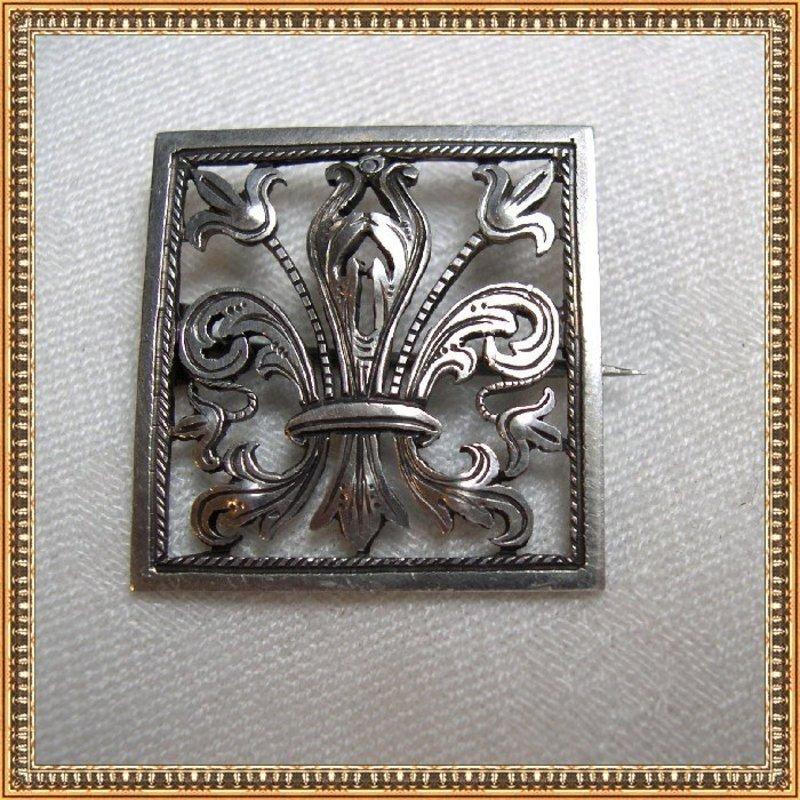 Antique Victorian 800 Silver Pin Tube Hinge Curly C Cut Work Fleur