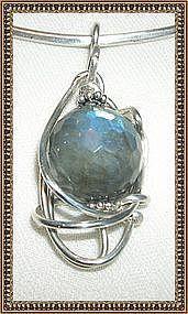 MIMI DEE Sterling Silver Pendant 20 mm Labradorite