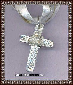 Marked HANDMADE Highest Silver Cross 3 White Pearls