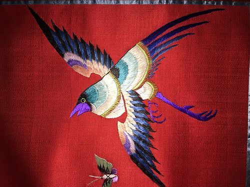 Antique Chinese embroidered silk tapestry- details