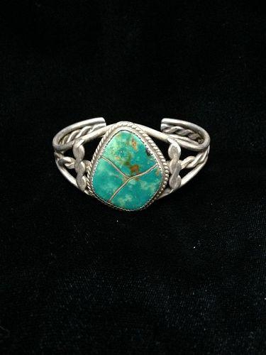 Navajo Single Stone Turquoise Bracelet