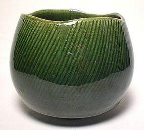 Ko-zu Oribe Chawan With Shono Pattern
