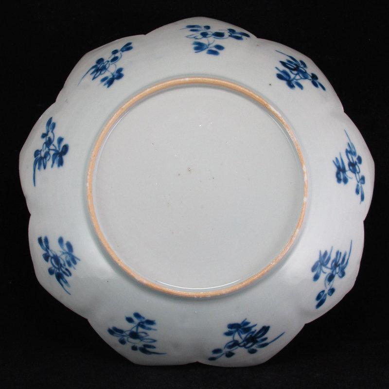 PAIR KANGXI YONGZHENG BLUE AND WHITE LOBED LOTUS DISHES