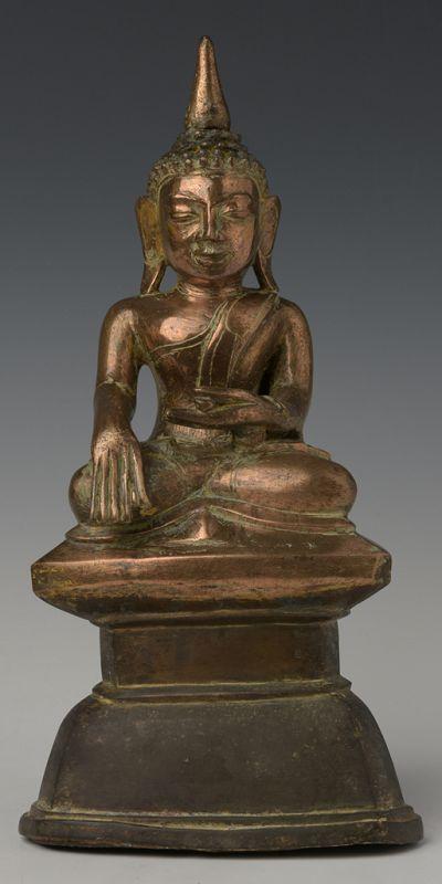 Early 17th C., Early Shan, Burmese Bronze Seated Buddha